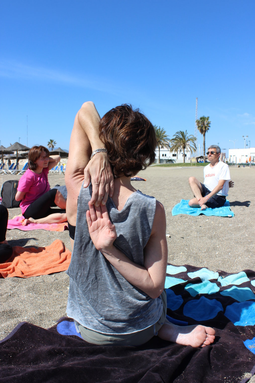 Efecto Yoga Málaga - yoga en la playa14