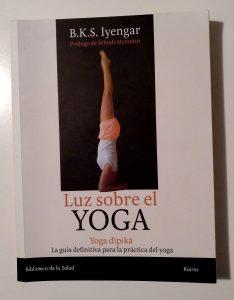 Luz sobre el yoga - BKS Iyengar