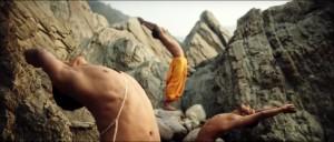 Imagen del documental YOGA, LA ARQUITECTURA DE LA PAZ